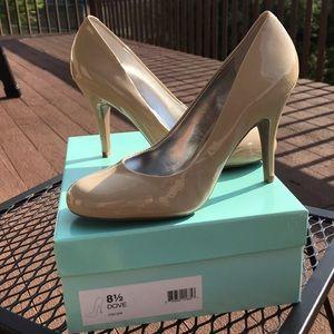 Jessica Simpson Dove heels